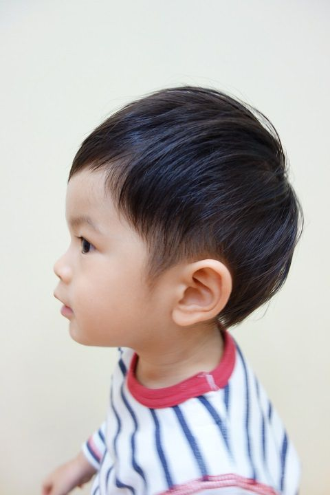 短すぎない ツーブロック 可愛らしさたっぷり こども専門の美容室 チョッキンズ 2歳 男の子 髪型 髪型 男の子 ボーイズヘアカット