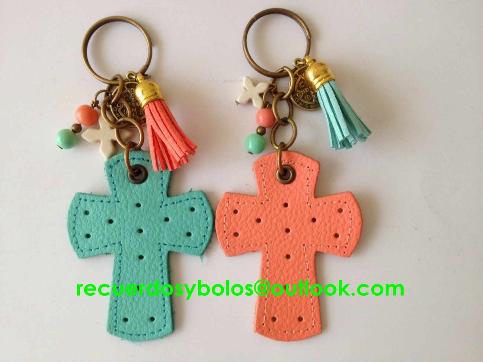 09450cd93da Recuerdos para Bautizo y Primera Comunion  Llaveros de bautizo y Primera  Comunion Hechos a Mano