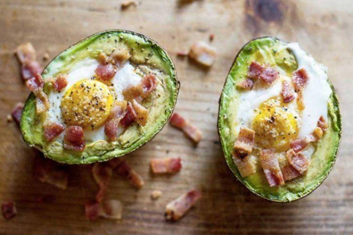 <p>01/02/2016/Todo un chef, facebook / LD Este aguacate horneado con huevo puede ser una excelente opción para empezar el día lleno de energía y vitalidad. 1 aguacate 1 huevo Sal y pimiento, al gusto Cilantro picado, para decorar (opcional) Preparación…</p>