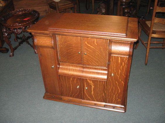 Antique American Oak Sewing Machine Case