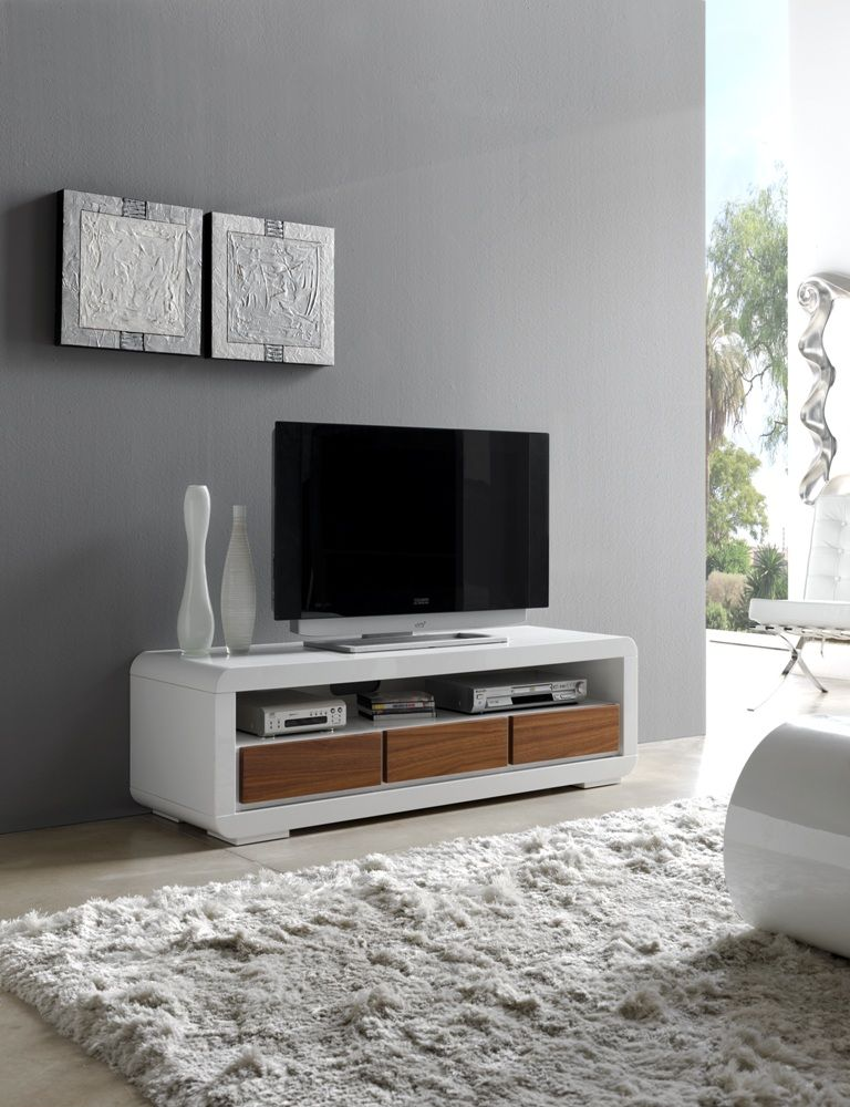 Bonito mueble de televisión combinado en blanco y nogal. | Interior ...