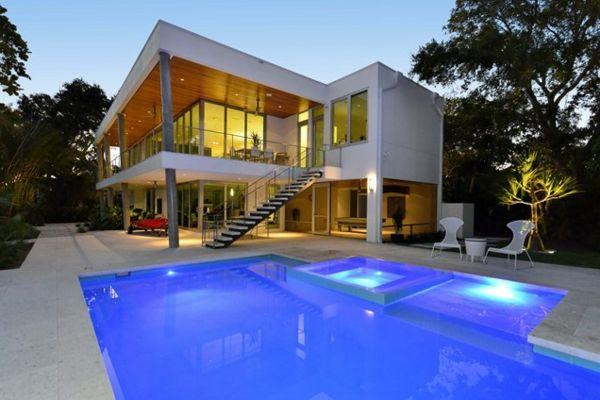 101 Bilder von Pool im Garten - modern pool eingebaut garten ...