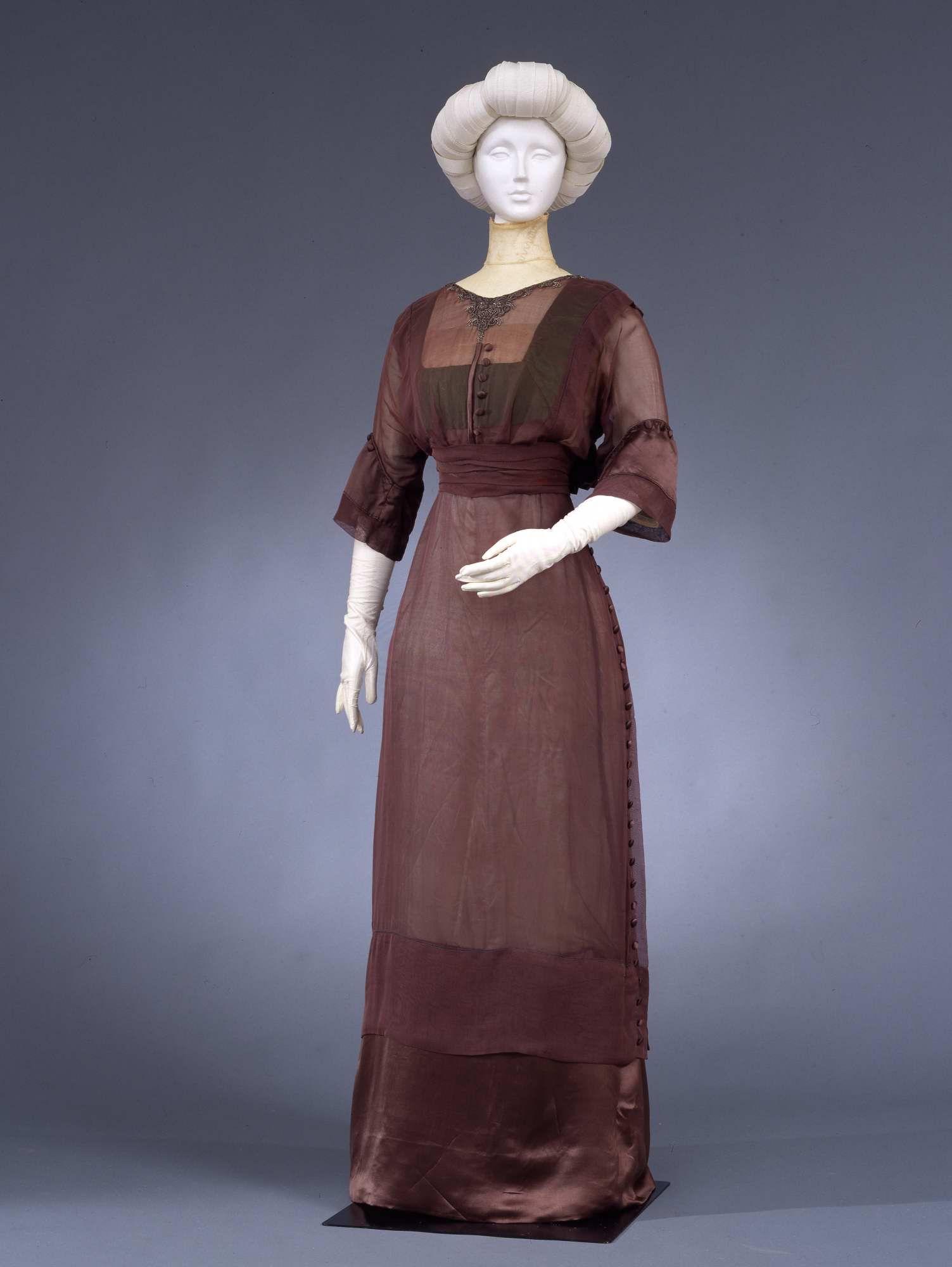 1912 - Dress - Silk muslin, satin, metallic beads, silk thread embroidery, cotton Leavers lace, cotton tulle, chiffon