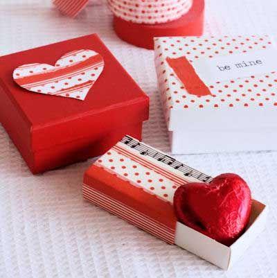 25 Fotos E Ideas Para Decorar Y Reciclar Cajas De Carton Valentines Diy Valentine S Day Diy Washi Tape Cards