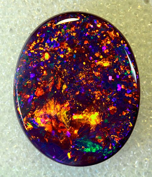 Black Opal is Australiau0027s national gemstone. Found in the Lightning Ridge area in northwestern New South Wales black opals are natural solid stones that ... & Black Opal is Australiau0027s national gemstone and black opal is the ... azcodes.com