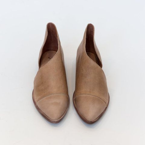 b010d0ba90d Women PU Sandals Simple Comfort Pointed Toe Shoes - gifthershoes