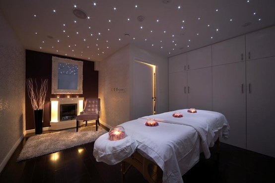 massage therapy room design