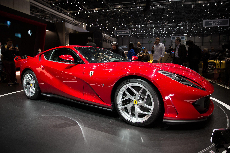 2020 Ferrari 812 Gts Dengan Gambar