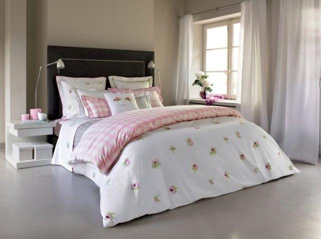 chambre romantique elle d coration draps des lits pinterest lit linge de lit et chambre. Black Bedroom Furniture Sets. Home Design Ideas