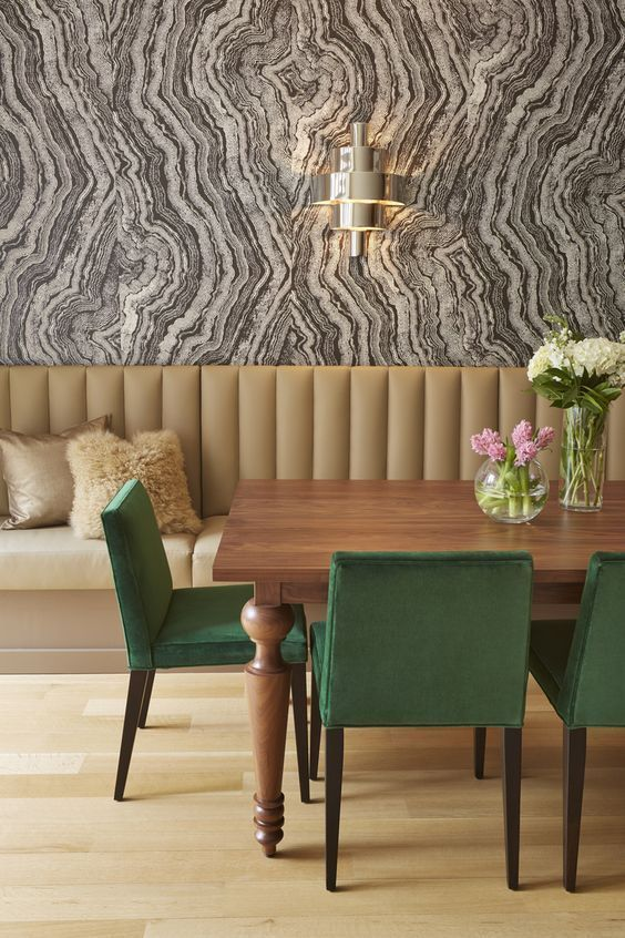 25 Amazing Dining Rooms With Wallpaper Dining Room Wallpaper
