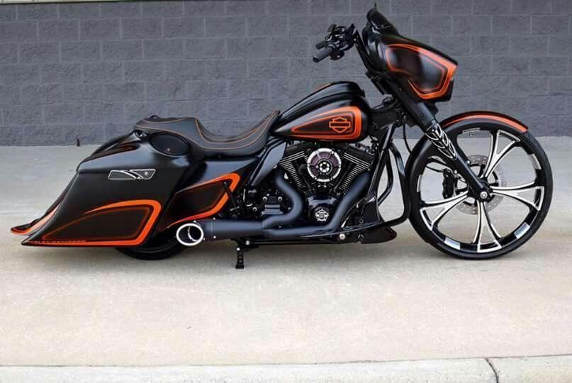 Harley Davidson Road Glide Custom Paint Jobs Harleydavidsonroadglide In 2020 Harley Davidson Touring Harley Bagger Harley Davidson Road Glide