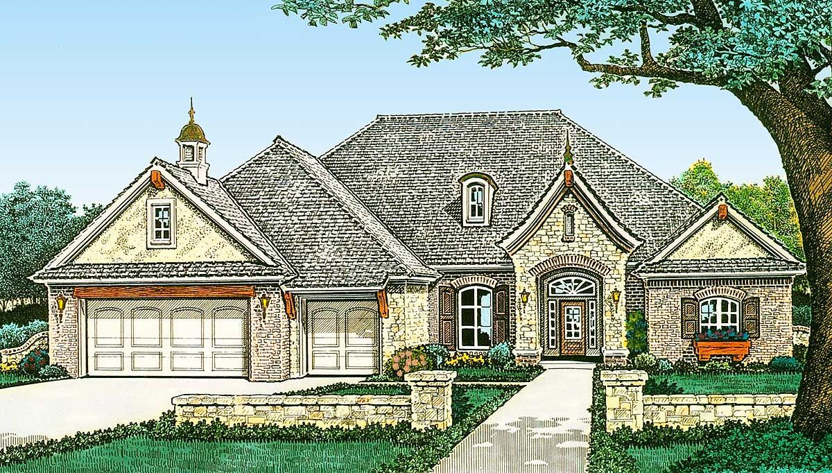 Combing Roof House Plan