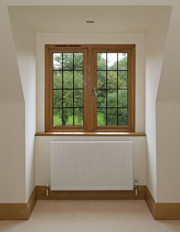 Leitz Tooling Uk Has Launched Leitz Thermotech Window System Which Enables Any Size Joinery Company To Manufactur Interior Windows Traditional Windows Windows