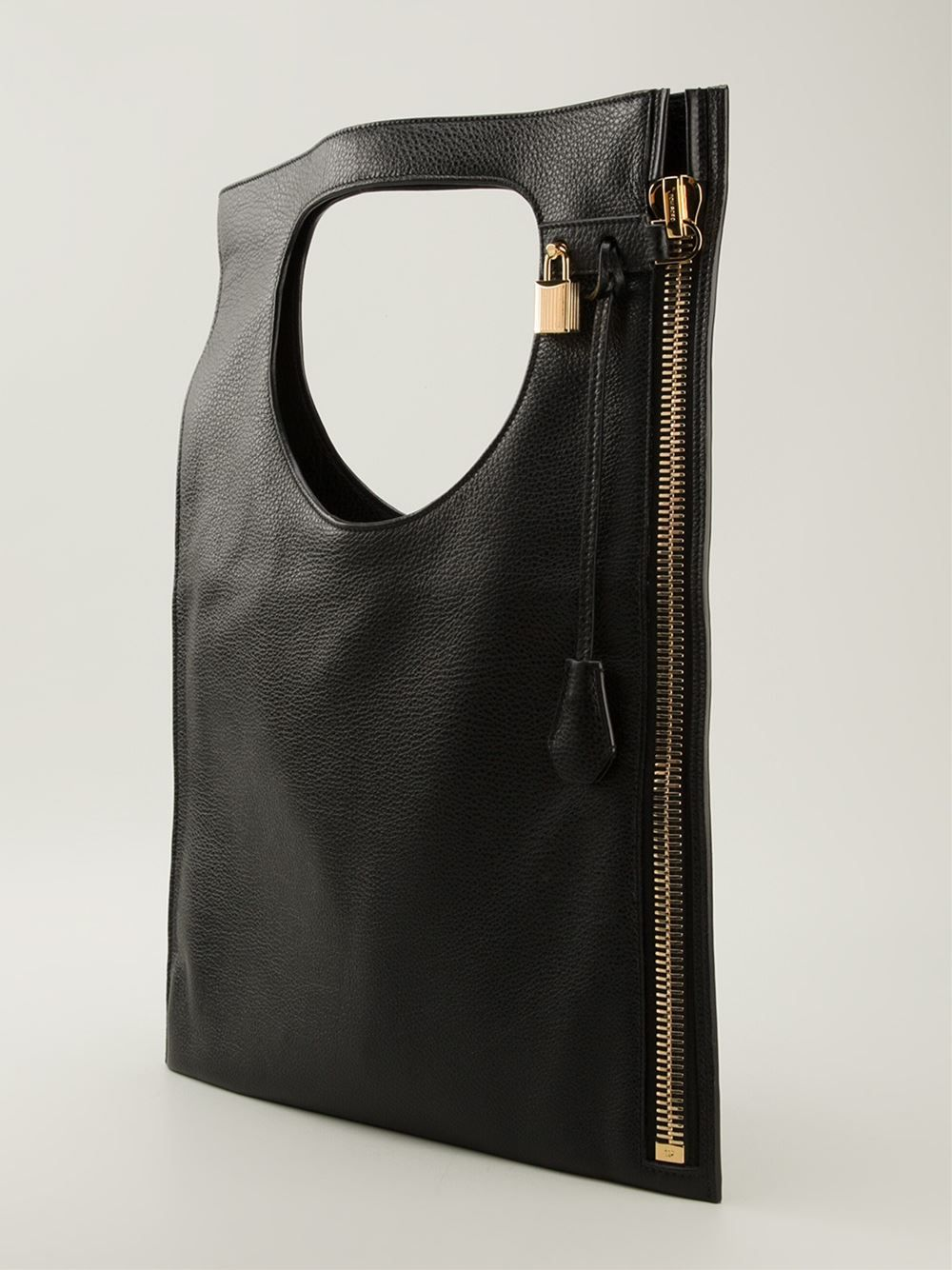 e3c5a2595a9b9 Women's Black 'Alix' Shoulder Bag | Style | Bags, Minimalist bag ...