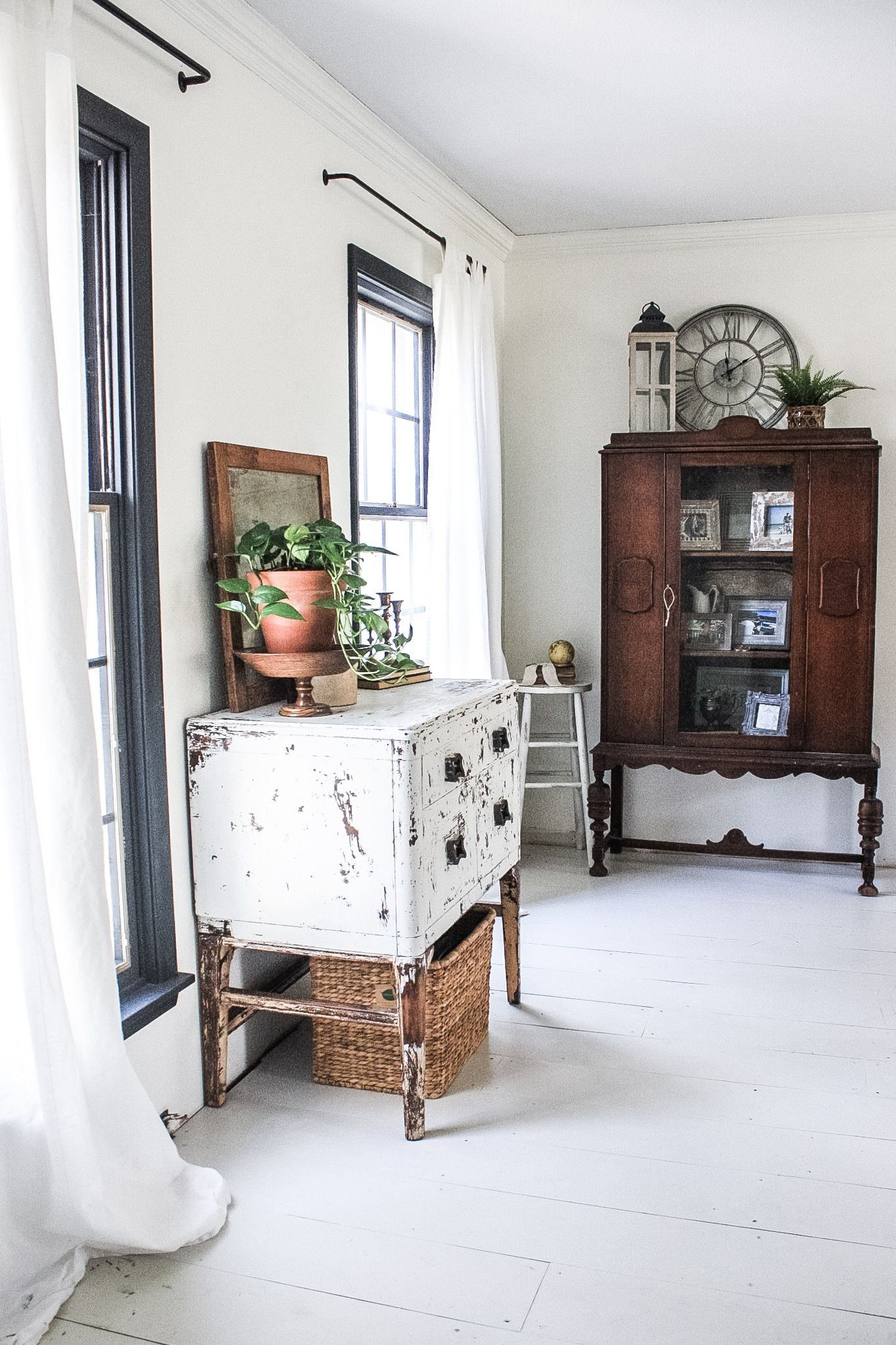 How to create a Farmhouse Style with Thrift Store