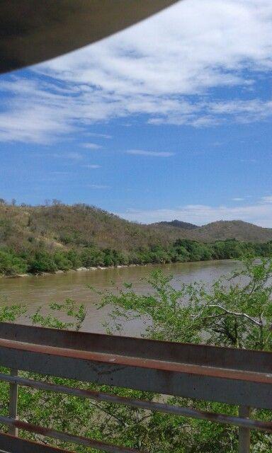 Río magdalena - puente La libertad - Cambao Cund