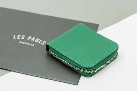b070061dd ... de Les Pauls Argentina. Billetera de Cuero Con Cierre Verde