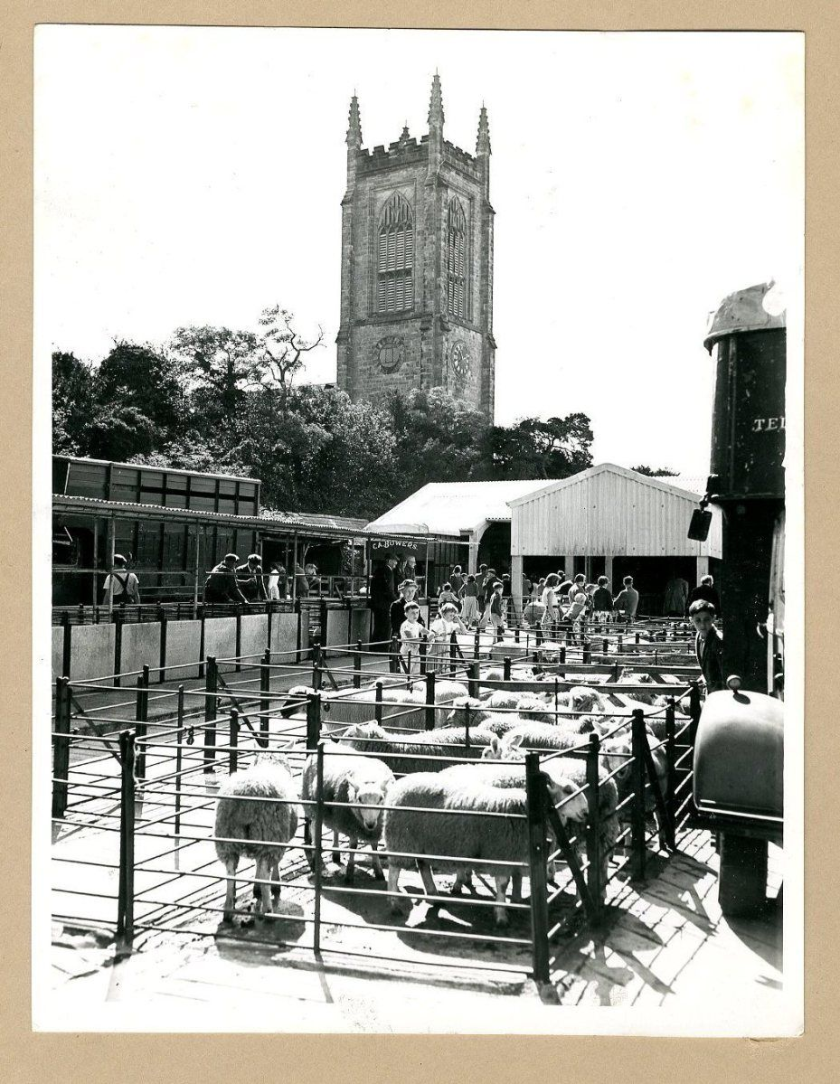 Remarkable images of our market history | History, East ...