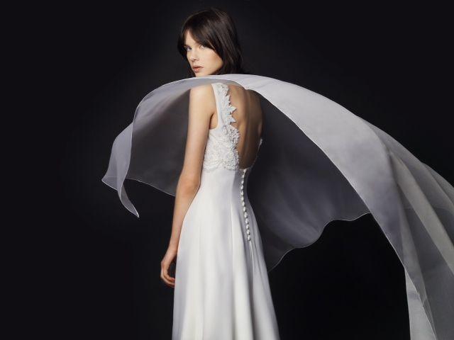 vestido de novia alta costura de la firma tot-hom. colección