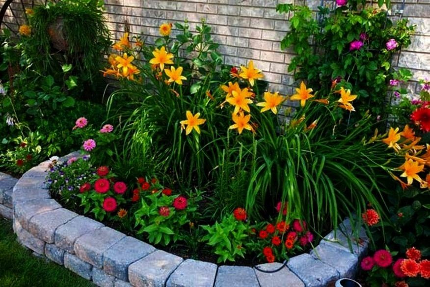 Amazing Raised Flower Bed Stone Border  OnechitectureamazingBeautiful and Amazing Raised Flower Bed Stone Border  Onechitectureamazing From mirrors with polished silver f...
