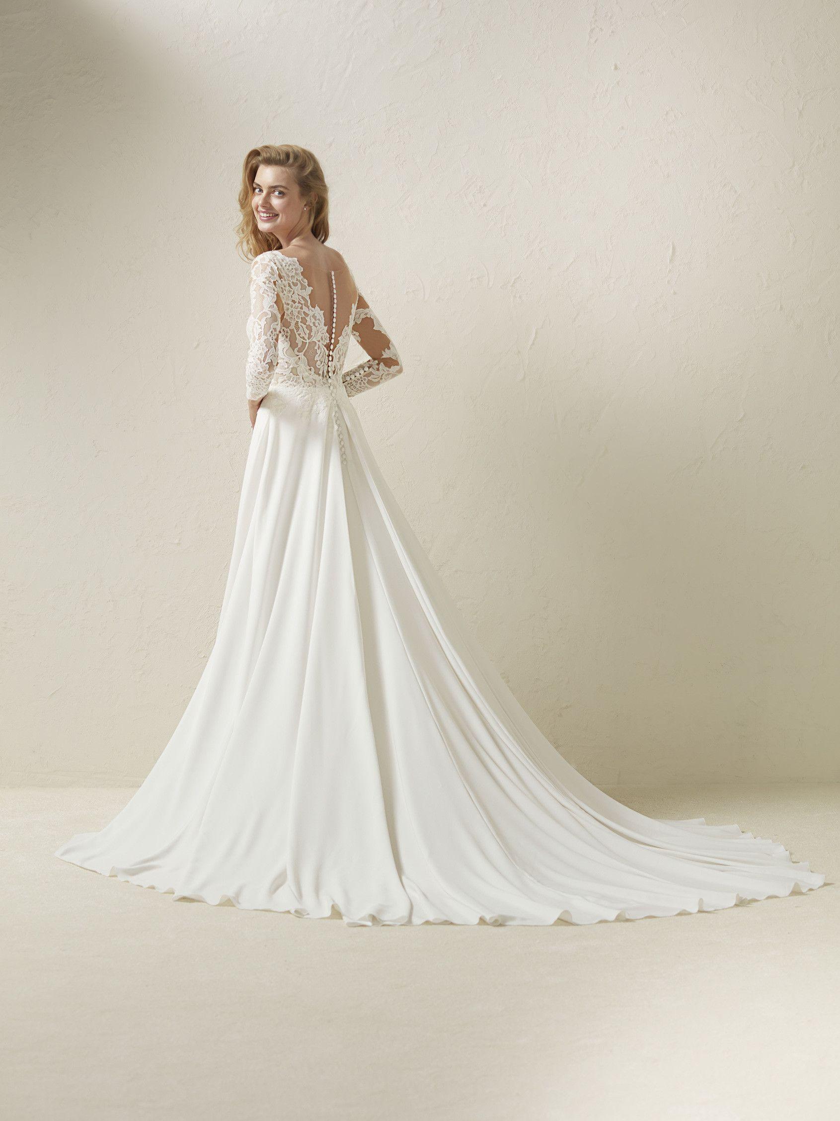 4076fa0c2 Vestido de novia evasse manga tres cuartos