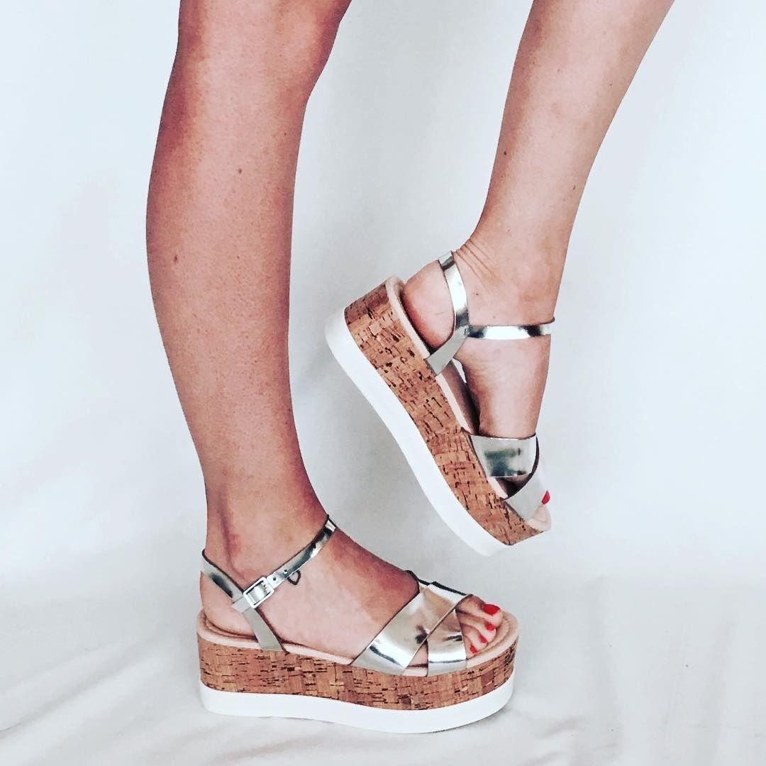 6a2f7ece43e Tiendas de zapatos multimarca 👠 • colaboraciones@marlosonline.es ...