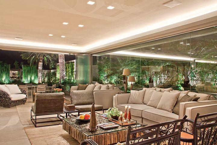 Casa com fachada maravilhosa conhe a tamb m os ambientes for Ambientes de interiores