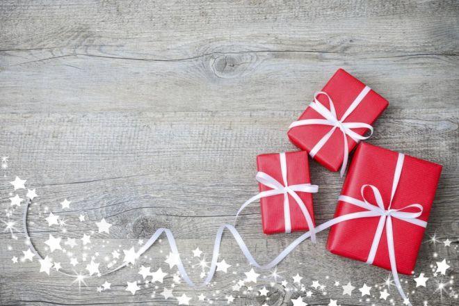 Quest'anno abbiamo scelto di farvi gli auguri così, con qualche suggerimento per risparmiare e trovare finanziamenti.