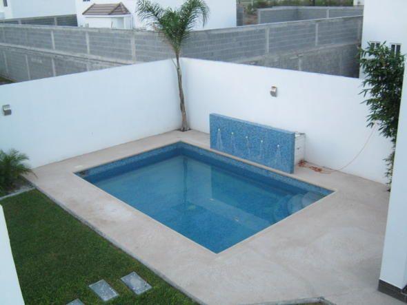 Jardins com piscinas pequenas buscar con google for Jacuzzi de jardin