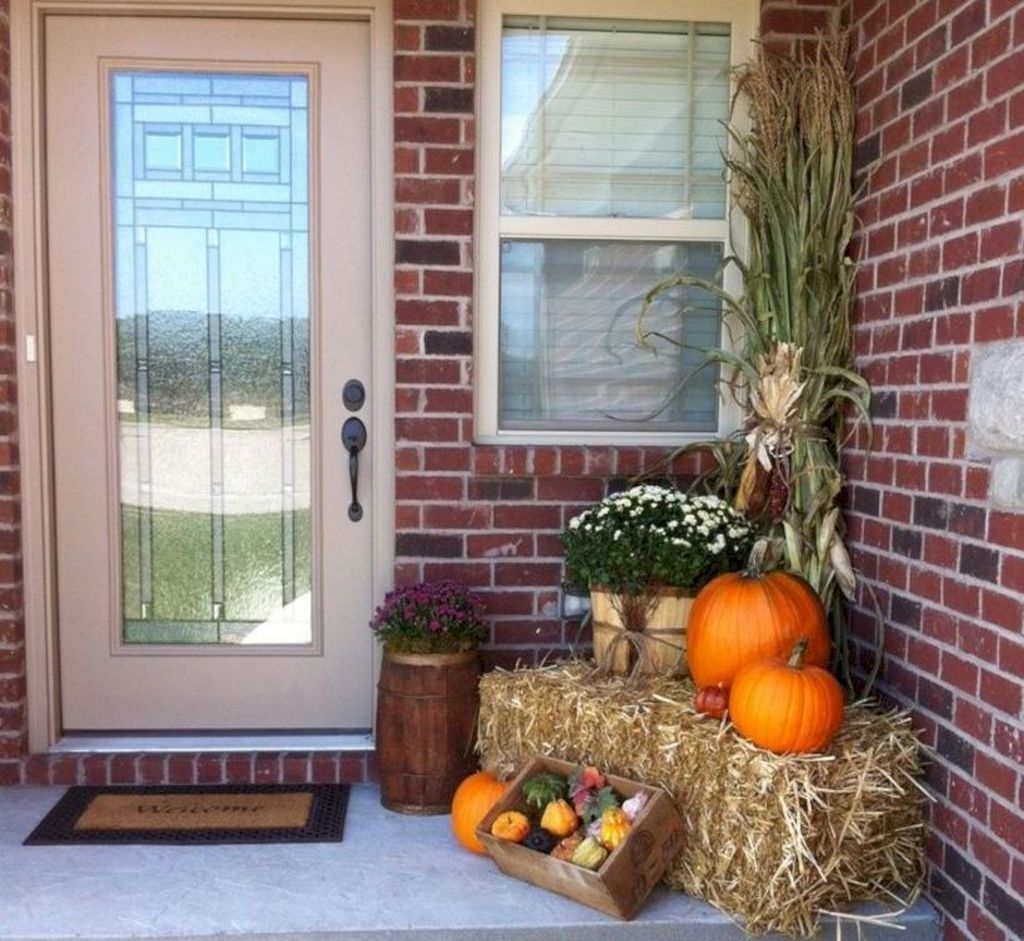 47 Marvelous Diy Fall Front Porches Ideas On A Budget #fallfrontporchdecor