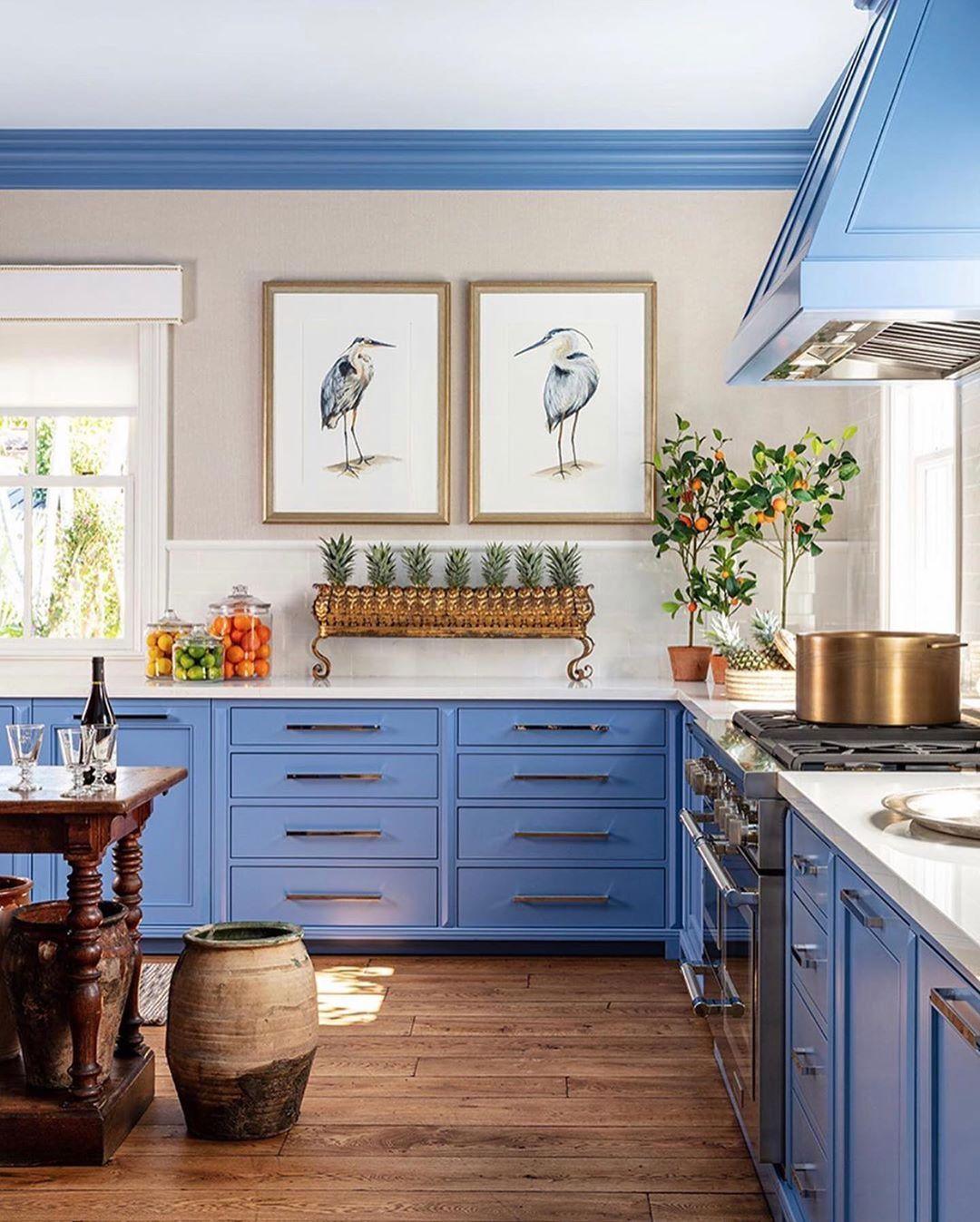 Cabinet Color Dragon Blue Benjamin Moore Julie Barrett Design On Instagram Show Stopping Kitchen In The Kb Kitchen Design Kitchen Interior Cozy Kitchen