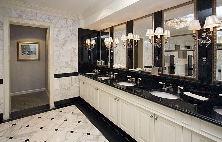 Marble And Black A Classy Look In 2020 Public Restroom Design Restroom Design Public Bathrooms