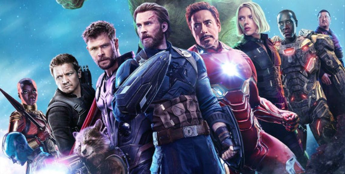 The Internet S Got Some Crazy Theories On That Mysterious Avengers 4 Pic Avengers Peliculas Marvel Marvel