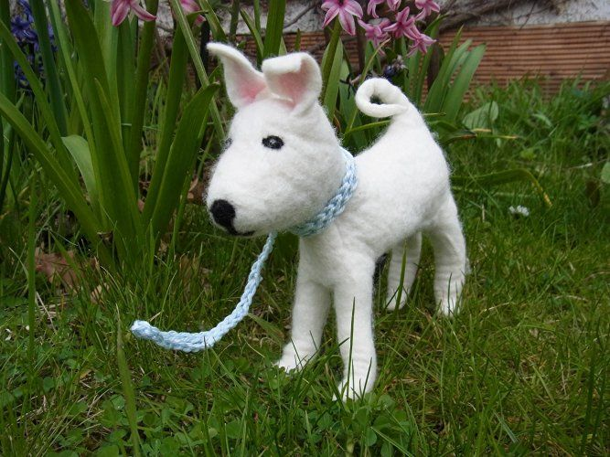 Kotbeutelspender in Form eines Hundes