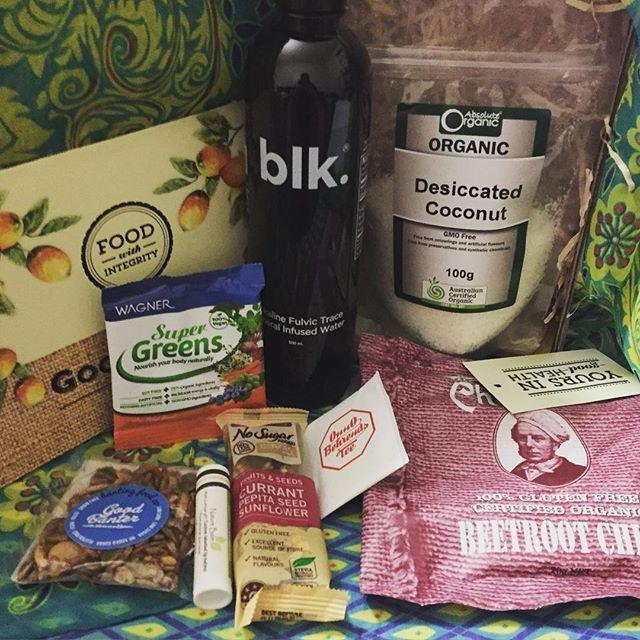 Thank you @goodnessmebox for my beautiful September Box! Loving it so much! Thank you to @absolute_organic @blk.aus @onnobehrendstea @bantingfoodco @wellnaturallyau #wagnerhealth #thomaschipman #naturebalm #goodnessmepickme @osteraustralia #goodnessmebox #healthy #healthyliving #healthysbacks #natural #naturalbeauty #paleo #vegan #lowcarb #lowsugar #muesli #organicfood #organicchips #organic #superfood #tea #water #waterislife #waterforyoursoul by bluehairedrose