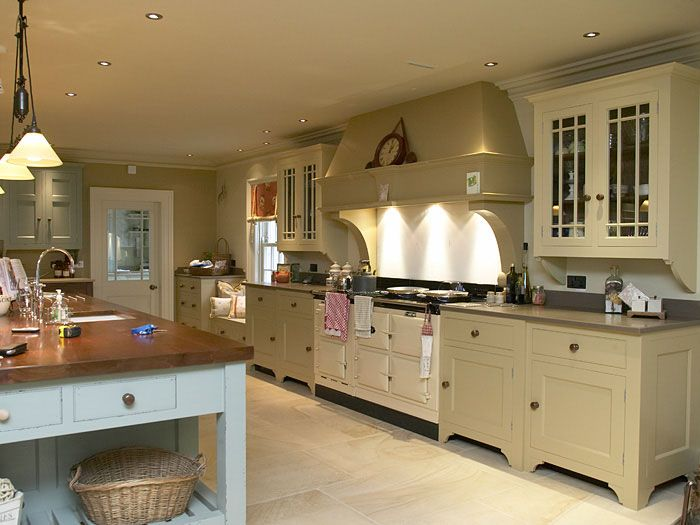 Best Love The Upper Cabinet Height With Images Chalon 400 x 300