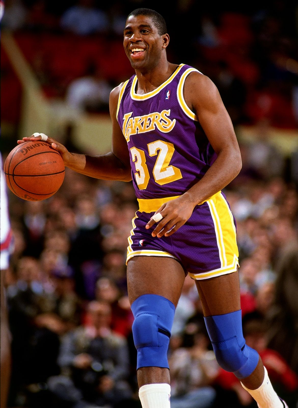 Pin By Thresea Dedrick On Idols Magic Johnson Lakers Basketball Los Angeles Lakers