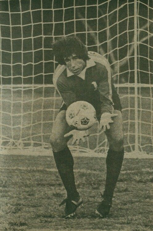 Gordon Banks #1, one of the best goalkeepers ever! #goalkeepers