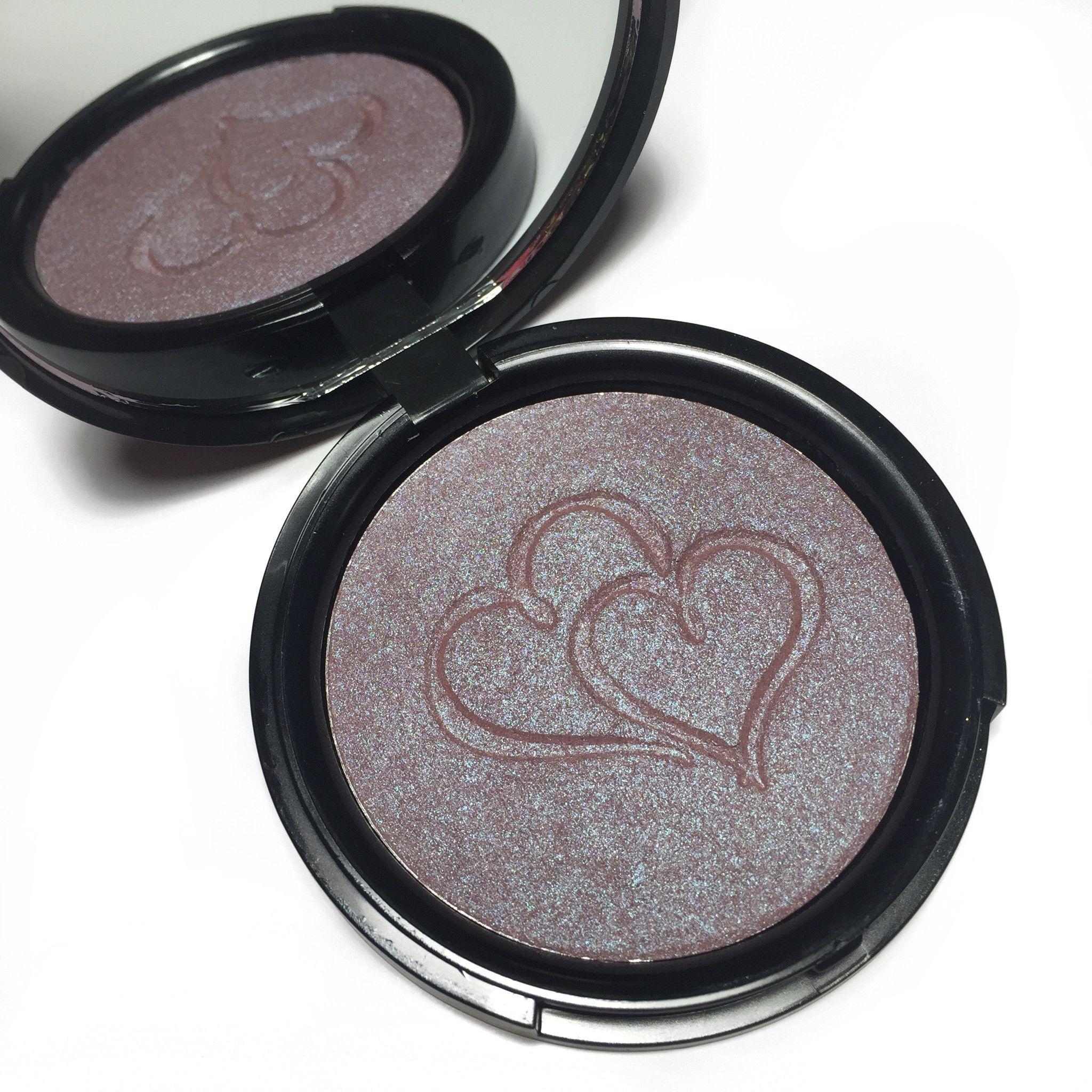Sweet Heart Highlighter Highlighter, Blue makeup, Eyeshadow