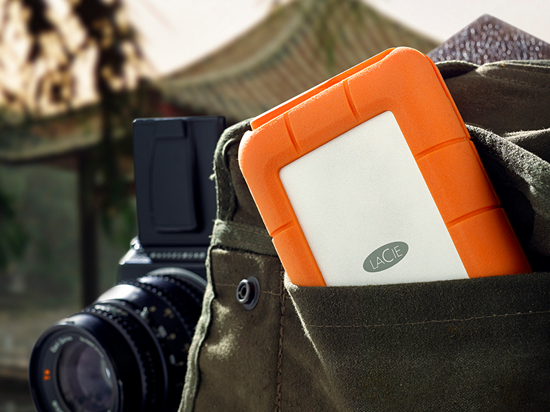 Rugged Portable Lacie Hdd With Usb 3 0 Amp Thunderbolt Live Available In 120gb Ssd 240gb Ssd And 1tb Hdd Hdd Usb Thunderbolt