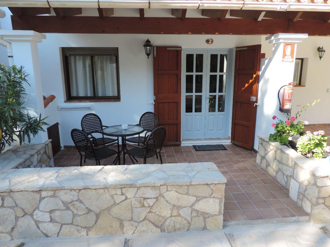 Hostal Rafalet Hostales en Formentera alojamientos.  Sol i pin.