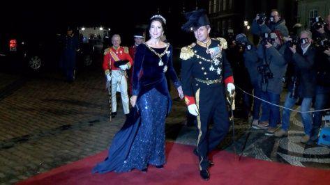 BILLED-BLADET Play – Danmarks Royale TV | Kronprinsesse Mary fejrede nytårsfest på Amalienborg