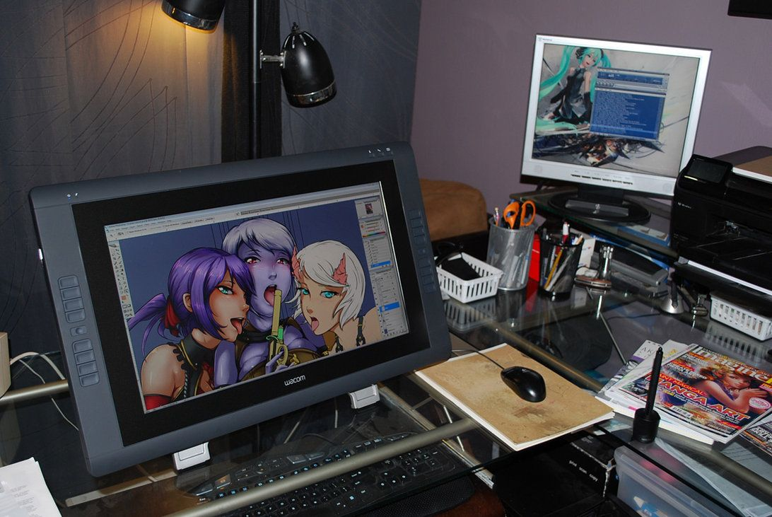 Cintiq 22hd Studio Setupstudio Artdrawing Deskcomputer