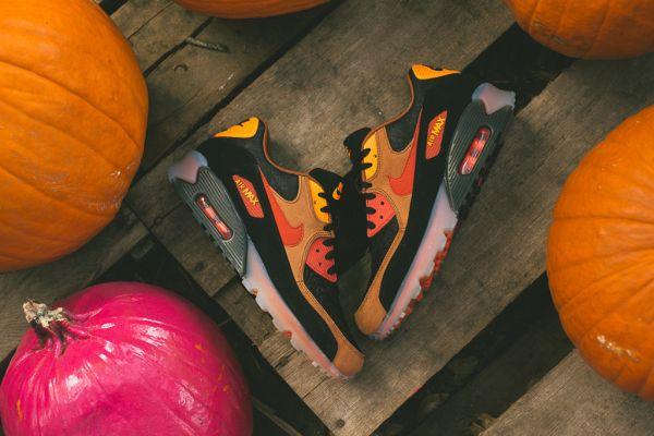 Nike Air Max 90 Ice Halloween QS