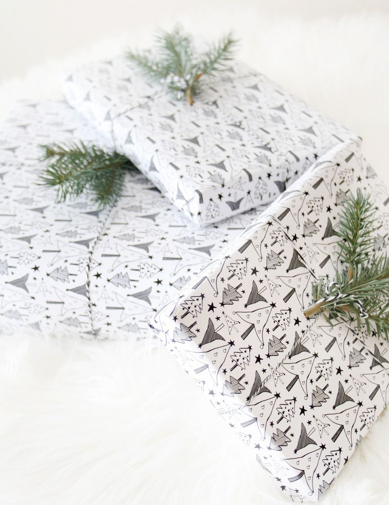 Free printable Christmas tree gift wrap from Love Vividly