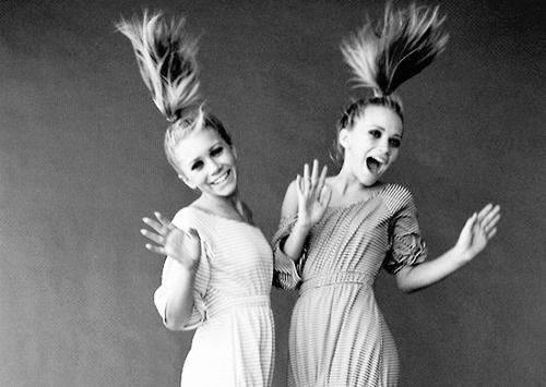 mary kate and ashley looking like they're actually having fun
