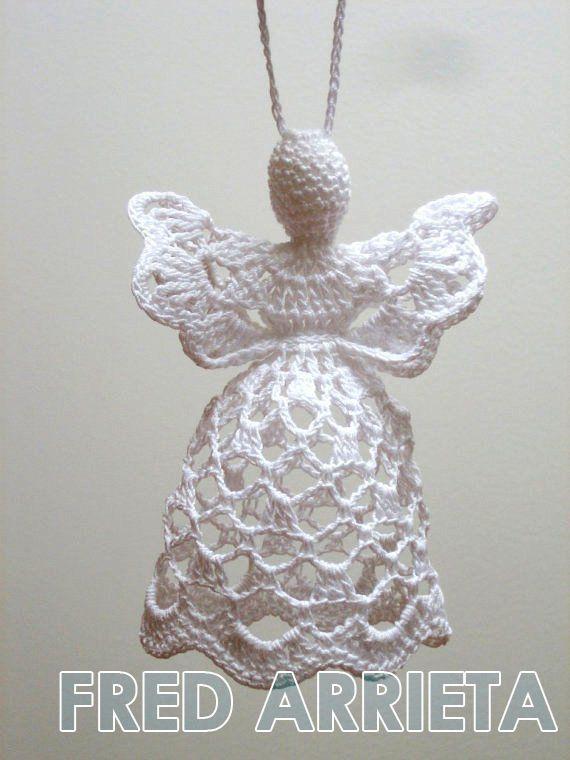 angelito tejido a crochet para colgar en el arbol