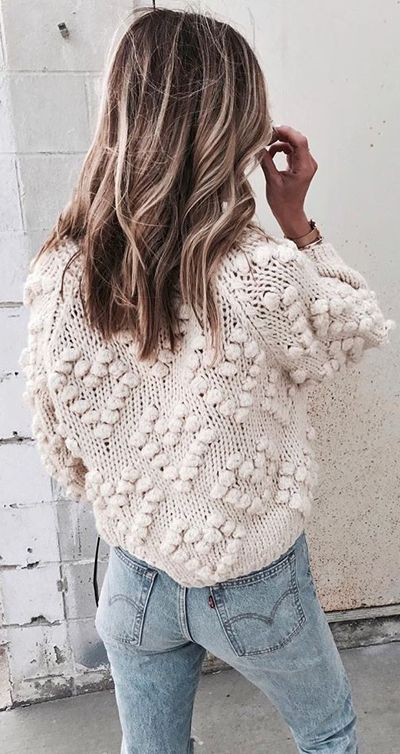 Give your wardrobe a subtle, classy upgrade. You deserve all of this cozy ivory glory. Knit Your Love Cardigan featured by Cellajane Blog