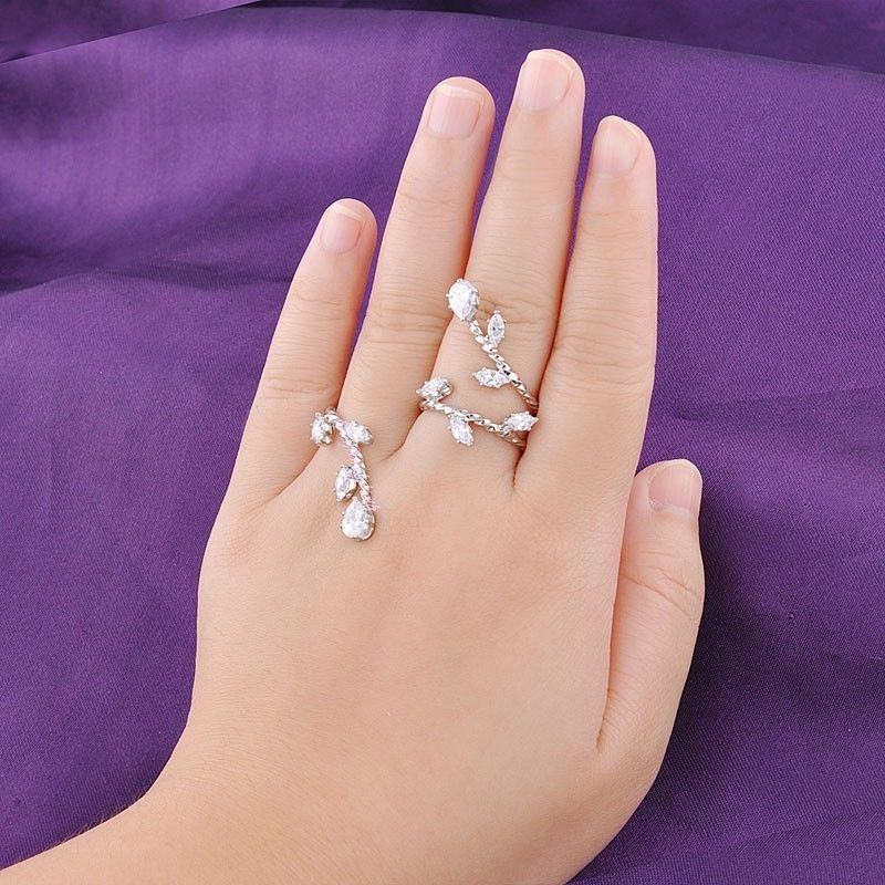 Gorgeous Zircon Two Finger Ring Adjustable One Size Women Wedding Accessory  R971  Bearfamilybirth  Cluster b8060231d868