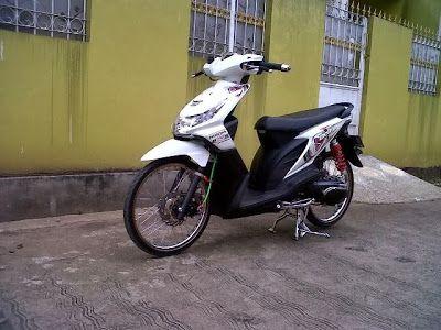 Modifikasi Honda Beat Velg 17 Warna Putih Jari Jari Dengan Desain